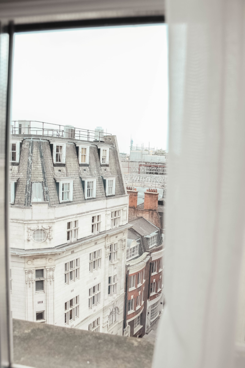 THE CONRAD ST JAMES | the belle abroad